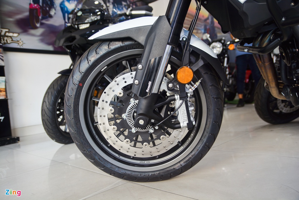 Chi tiet Benelli TRK 502 2020 tai VN anh 3