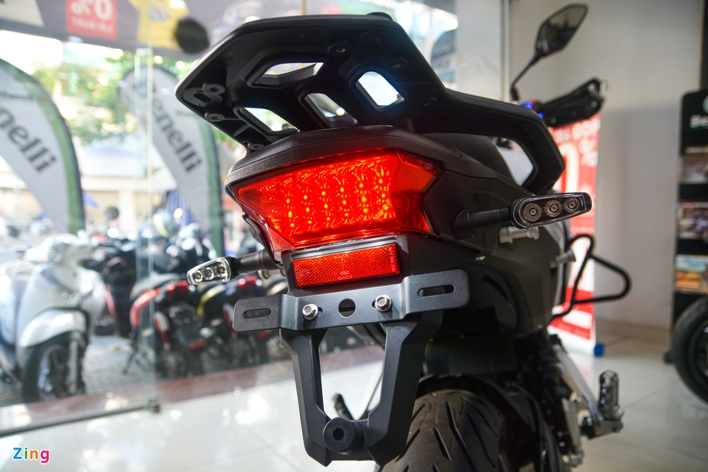 Chi tiet Benelli TRK 502 2020 tai VN anh 14